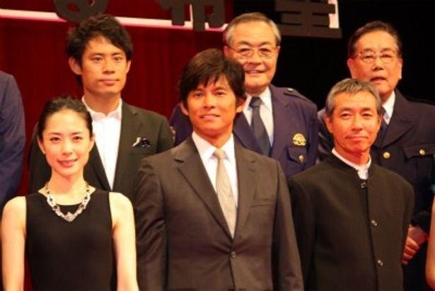『踊る大捜査線 THE FINAL 新たなる希望』完成披露で登壇した織田裕二たち