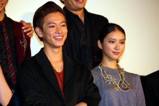 『るろうに剣心』の初日舞台挨拶に佐藤健や武井咲らが出演