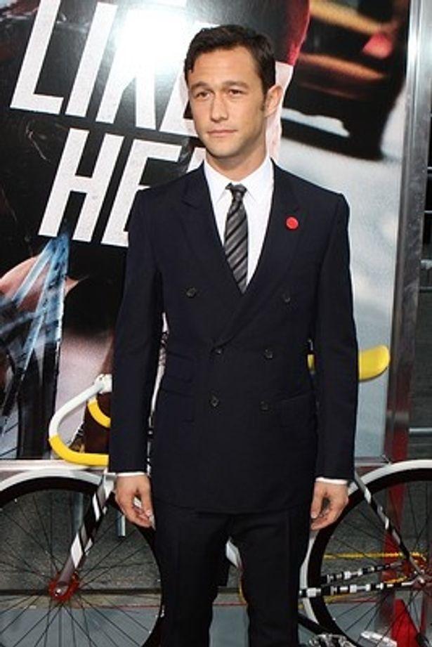 【写真を見る】ハリウッドの主役級俳優の地位を固めつつあるジョゼフ・ゴードン=レヴィット