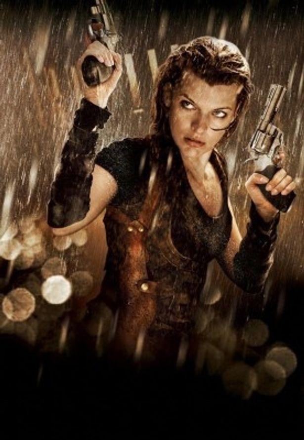 アリス役で今作も激しいアクションに挑戦したミラ・ジョボビッチ