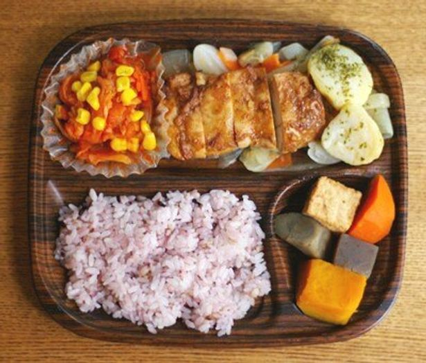 健康志向のローソンとタニタのコラボによる弁当は美味!