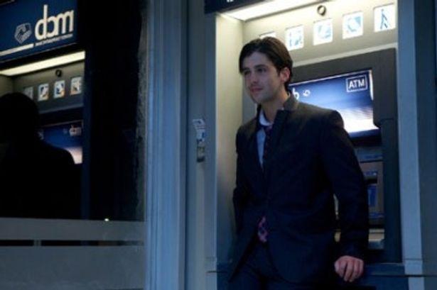 ATMで恐ろしい目に遭うコーリーを演じるジョシュ・ペックは『アイス・エイジ2』でフクロネズミのエディの声優を担当した