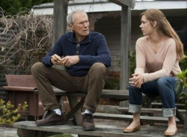 主人公ガスの娘ミッキーを演じるエイミー・アダムス
