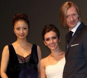 第25回東京国際映画祭開幕!上戸彩も幸せオーラで「注目を感じる」と感無量