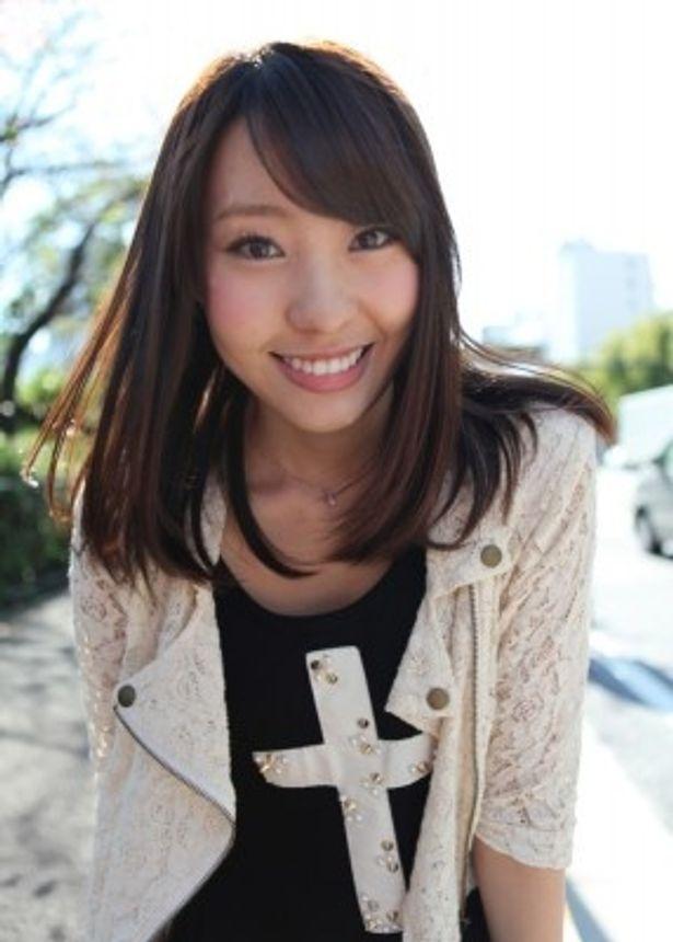 ファッション企画「22時の嫁」が話題のAKB48・藤江れいな(18)