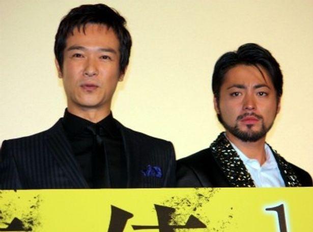 『その夜の侍』完成披露試写会に登壇した堺雅人と山田孝之