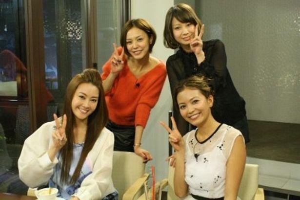 観月ありさ、浅見れいな、田中美保、矢野未希子(写真左から)
