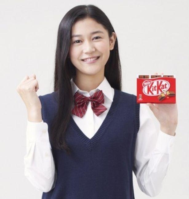 2年連続でキットカットの受験生応援キャラクターを務めることになった刈谷友衣子