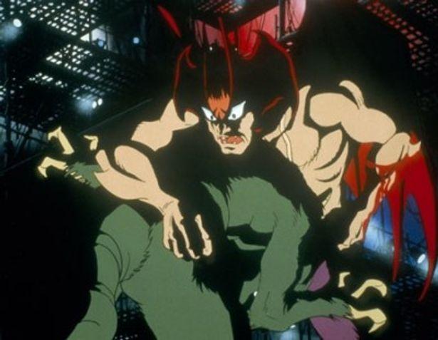 テレビアニメ版のような青い肌ではなく、原作に近いビジュアルのデビルマン(「誕生編」)