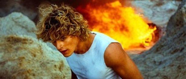 ロシア映画の大スターとなったワシリー・ステパノフ。金髪に端正な顔立ちで、日本でもファンが急上昇!?