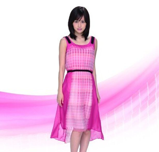 【写真を見る】前田敦子もドレス姿で登場。若手注目株の女優が起用された映画会社のカレンダーギャラリーはこちらから!