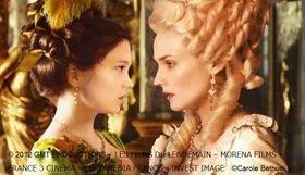 王妃に恋した少女の運命は!?ベルサイユ宮殿を舞台に描く美女の禁断の愛