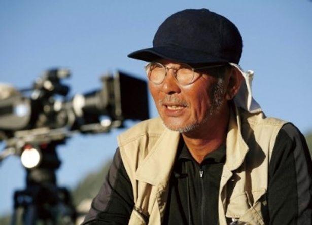『春を背負って』のメガホンを取る木村大作監督