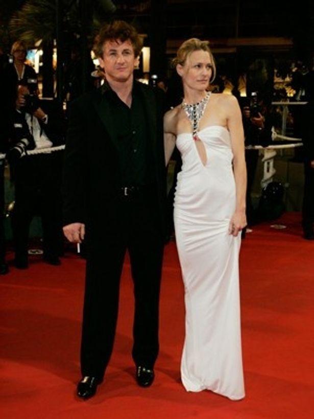 ショーン・ペンとロビン・ライトは1996年に結婚し、2010年には離婚している