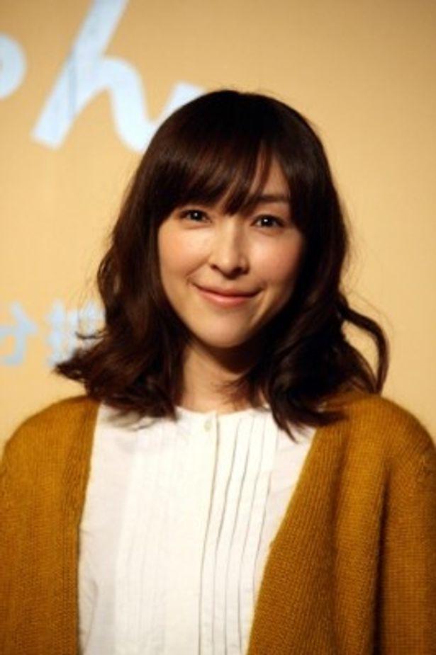 麻生久美子は「1話ラストのシーンがうまくいかなくて、長瀬(智也)さんたちと話し合って撮り直したシーンはすごく印象的」と見どころを語る