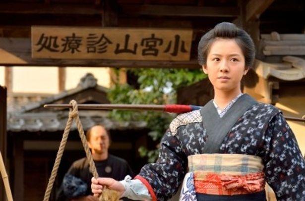 シジミ売りの少女・志乃を演じる桜庭ななみ