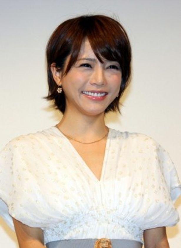 『リトル・マエストラ』完成披露試写会に登壇した釈由美子