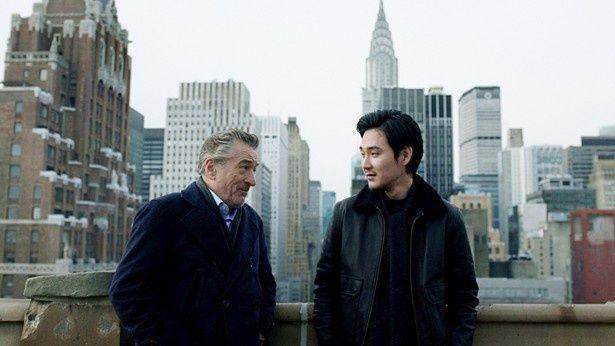 松田龍平とロバート・デ・ニーロが日本のテレビCMで共演することになった