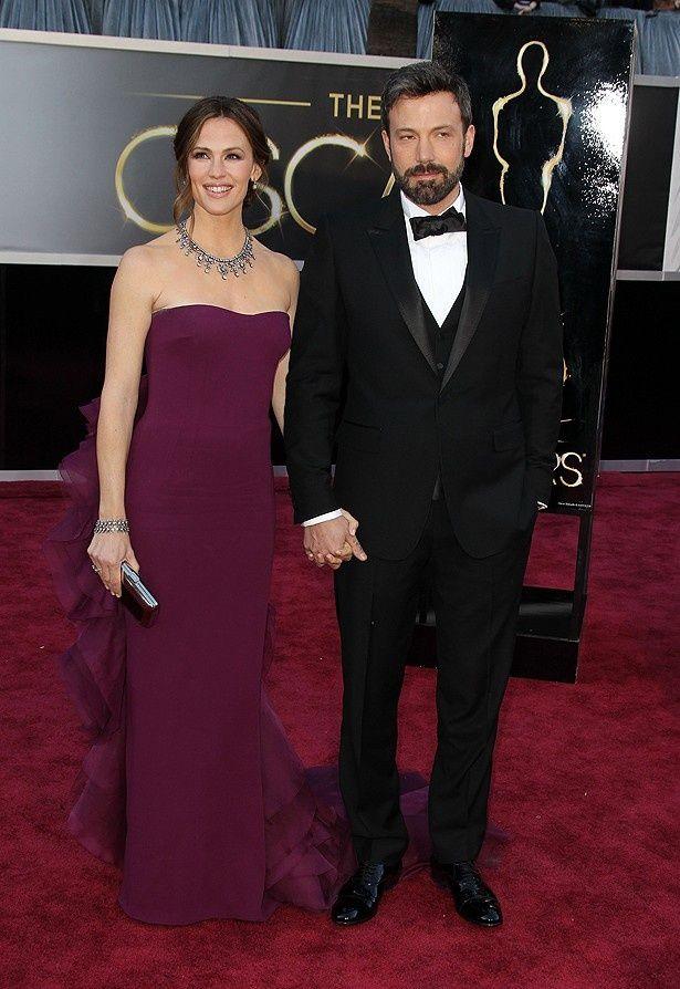 ジェニファー・ガーナーのドレスは不評だったが、ダイヤモンドのネックレスが評価された