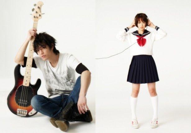 『カノジョは嘘を愛しすぎてる』で主人公・秋を演じる佐藤健、ヒロイン・理子を演じる大原櫻子