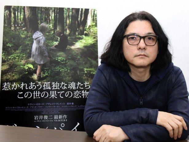 脚本・監督・音楽・撮影・編集・プロデュースとひとり6役を務めた岩井俊二監督