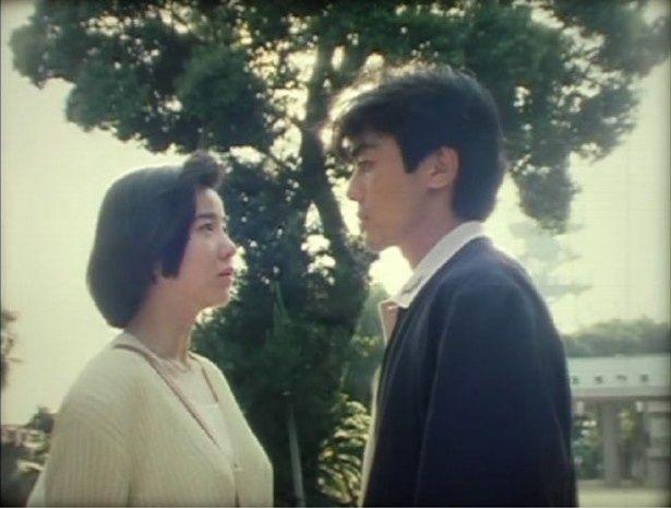 山川方夫の同名小説を映画化したもの(『展望台のある島』)