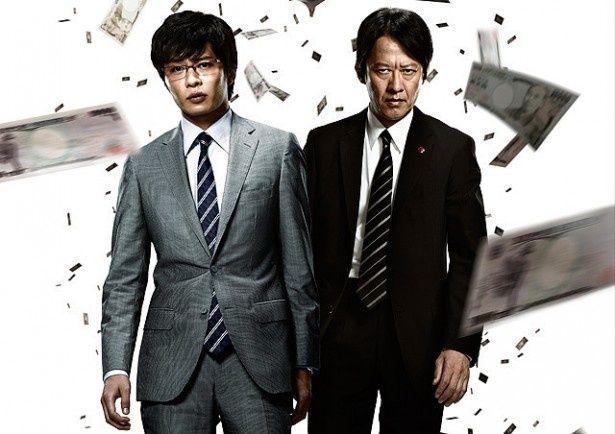 【写真を見る】国民的ドラマの劇場最新作『相棒シリーズ X DAY』が登場!伊丹刑事&岩月捜査官の新相棒が活躍する