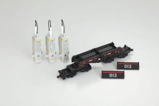 【写真を見る】変圧器と側面のプレートは取り外し可能!