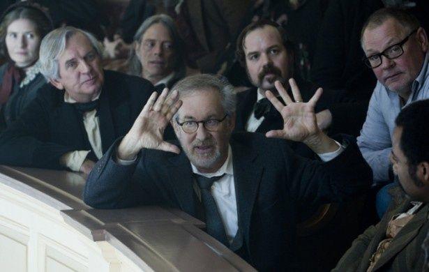 スピルバーグ監督自らが物語の舞台背景の説明とリンカーンの魅力を語る