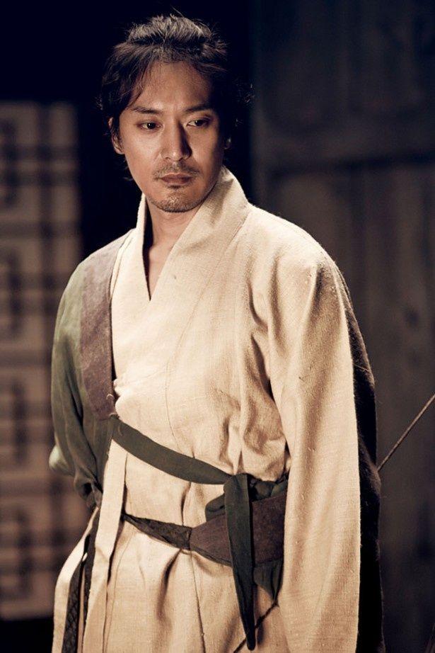 元恋人役には「カメリア」のキム・ミンジュン