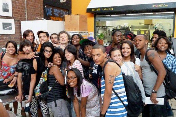 出演者はブロンクスのコミュニティ・センター「ザ・ポイント」に集まる実在の高校生たちだ