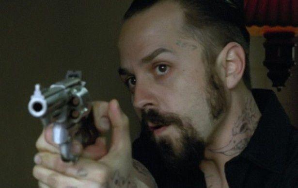 様々な顔を演じ分けるカメレオン俳優、ジョヴァンニ・リビシ