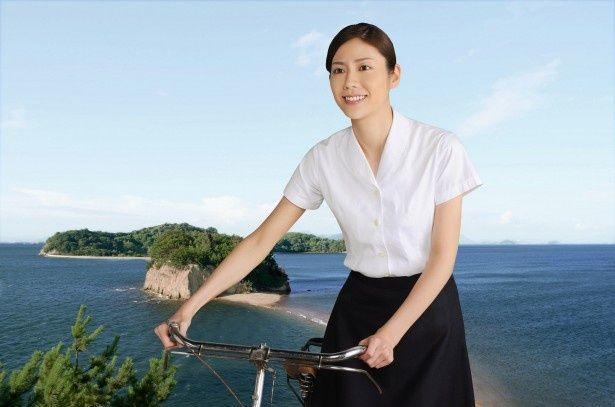 """""""おなご先生""""こと女性教師・久子を演じる松下奈緒"""