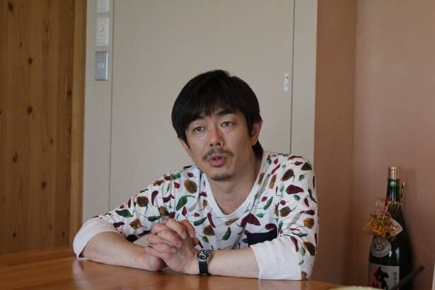 「みやんち」にて取材に応じてくれた宮沢氏
