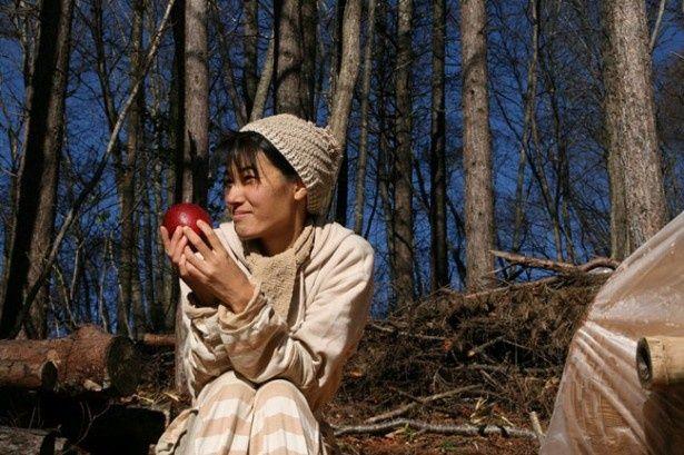 早苗さんは木村さんが作ったリンゴに救われたひとりだ