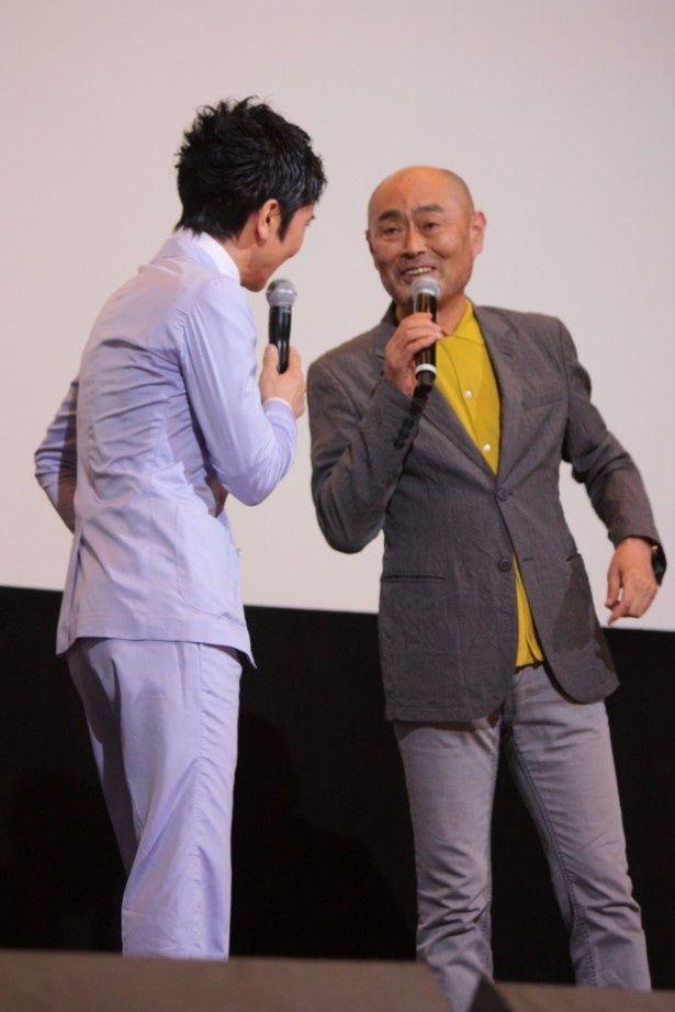 武田真治と伊武雅刀が、共演シーンをカットされたエピソードでも盛り上がった