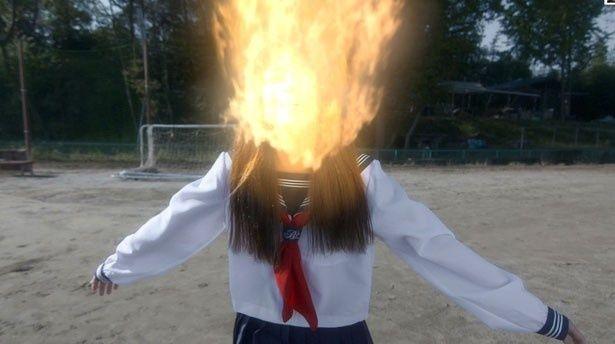 憧れの教師におならの音を聞かれた美少女が、羞恥の域を超えて炎上してしまう!?(『Fart おなら』)