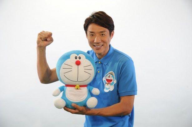 子供たちの冒険を応援する松岡修造は、「ボクのチャレンジ? 子育てですね。一日中、子供が笑顔でいられる日を作りたい!」