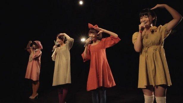 『ボクが修学旅行に行けなかった理由』はP☆GIRLSという4人組アイドルグループのメンバーたちの姿を描くストーリーだ