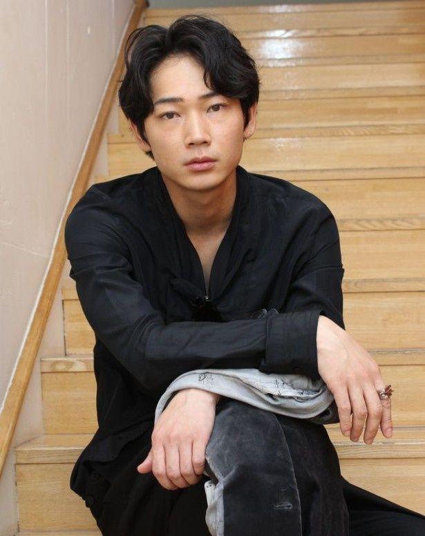 人気絶頂の綾野剛に直撃インタビュー!