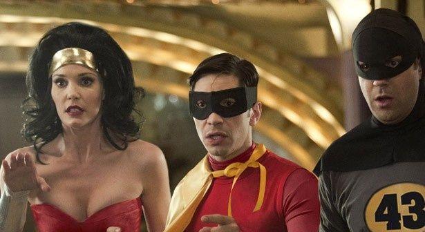 バットマンやスーパーマンの恋人など、アメコミキャラが大集結!?『合コン・アベンジャーズ』