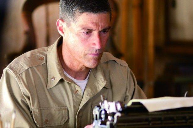 主人公のボナー・フェラーズ准将役に海外ドラマ「LOST」のマシュー・フォックス