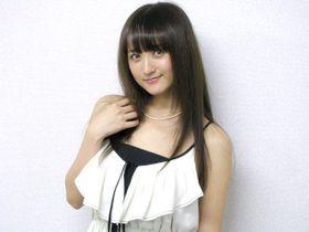 ホラー映画初主演の小松彩夏が『セーラームーン』復活を熱望!