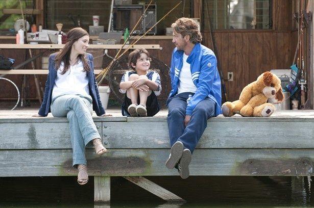 ジェラルド・バトラー演じる元プロサッカー選手が家族との関係修復に悪戦苦闘!