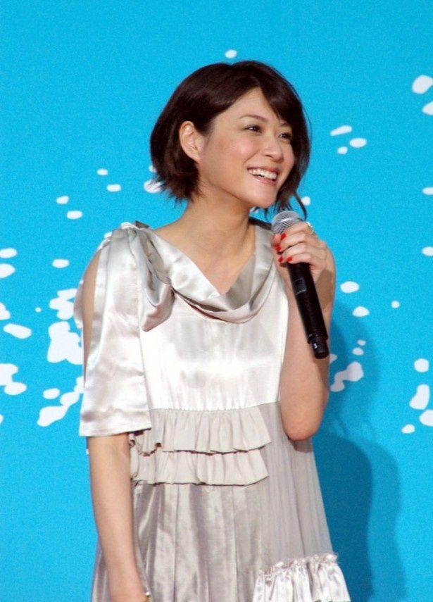 松本潤とともに完成披露イベントに登壇した上野樹里