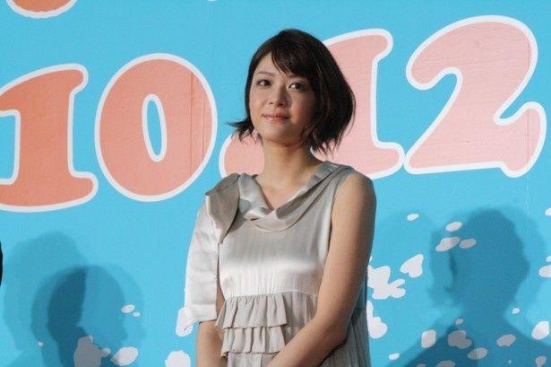 映画「陽だまりの彼女」の完成披露イベントに嵐・松本潤らと登場した上野樹里