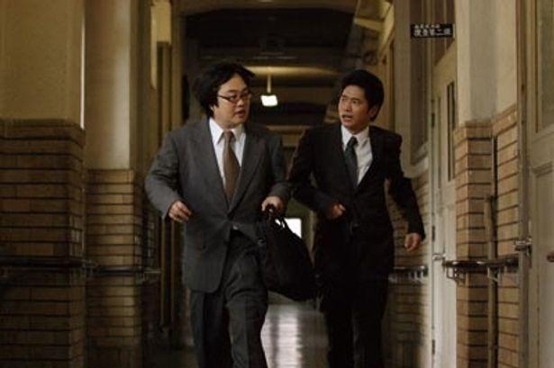 スーツ姿で町を奔走するなど、今までには見られなかった米沢の魅力がいっぱい