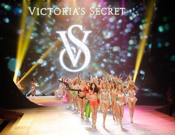 人気ブランド「ヴィクトリアズ・シークレット」のモデルたち