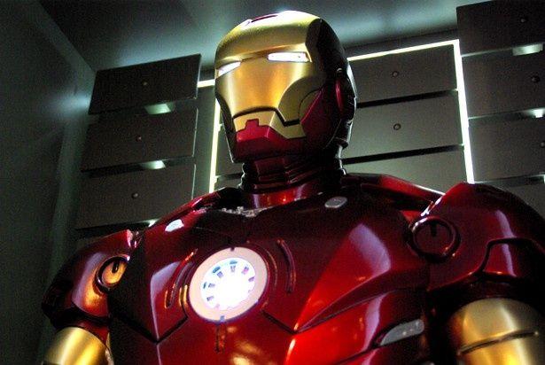 約100体のフィギュアが集結したリアルイベント『アイアンマン300%』The Exhibition