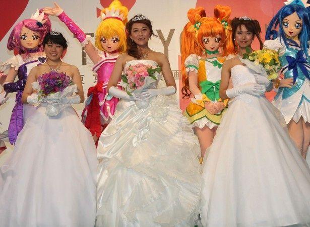 プリキュア声優陣がウェディングドレス姿を披露!